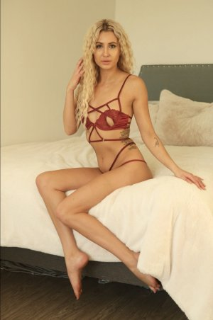 Toria escorts in Damascus & thai massage