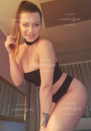 Chrissie thai massage in Lancaster and live escorts